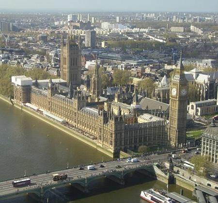 a londoni parlament épülete